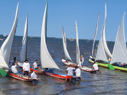 CAMAMU: 1ª Regata de Canoas à Vela movimentou Cajaíba do Sul
