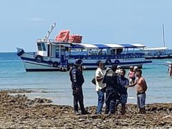 Embarcação interceptada por fiscais de Cairu neste domingo (10/10)