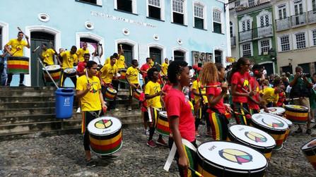 Olodum se junta a outros artistas baianos e confirma live durante o Carnaval