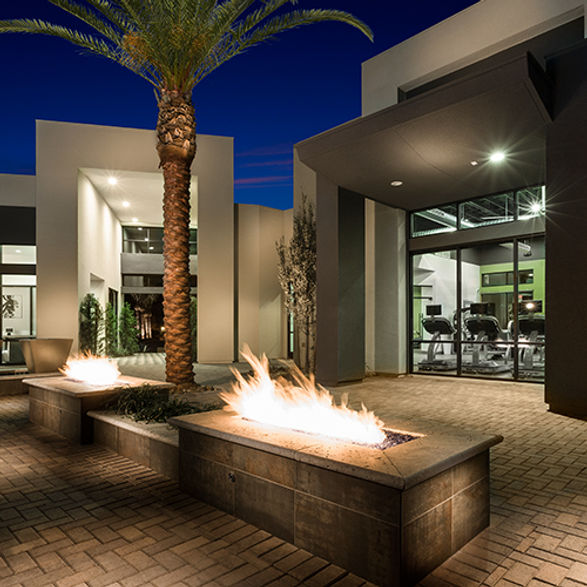 09 Clubhouse-fire-pit-500x500.jpg