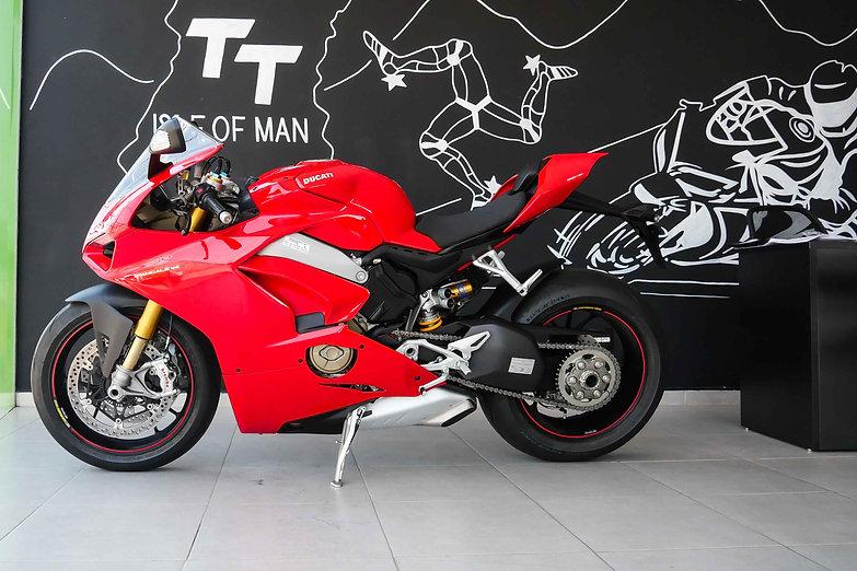 Ducati Panigale V4 S .jpg