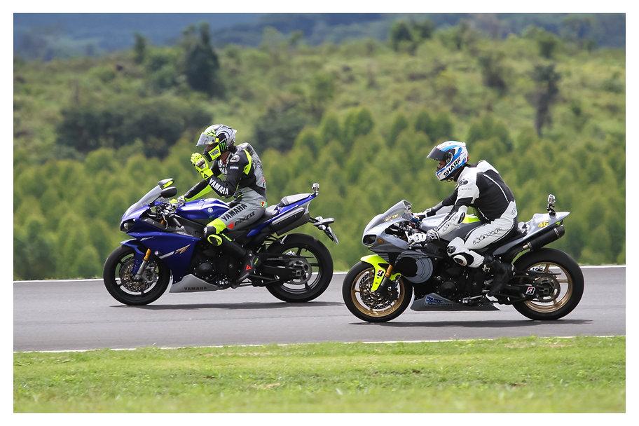 Valentino Rossi em Yamaha R1