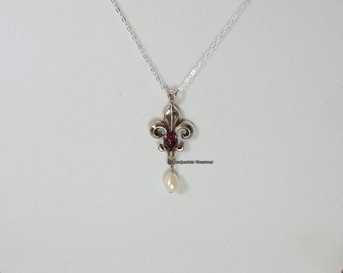 Fleur de lis pendant rennaissance medieval jewelry fleur de lis pendant aloadofball Images