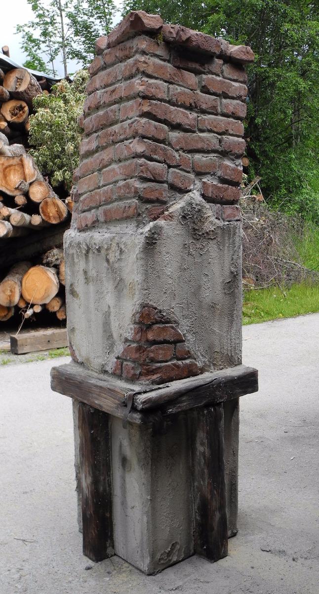fake Kamin fürs Geisterhaus