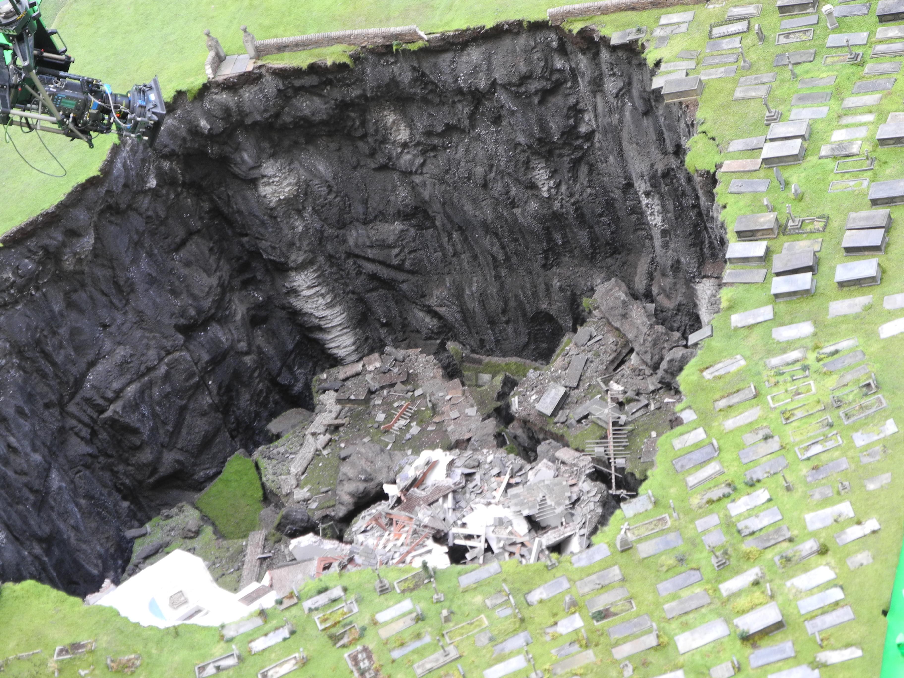 eingestürzter Krater