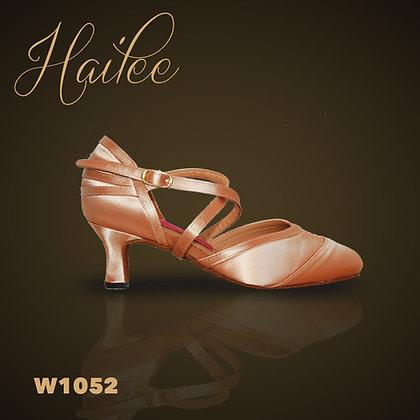 Hailee W1052