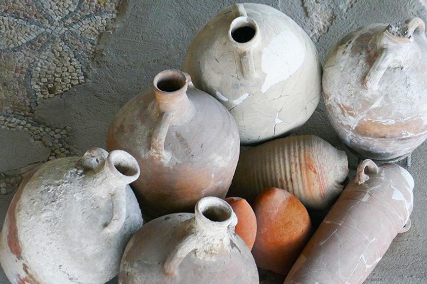 roman pottery - romania-72.jpg
