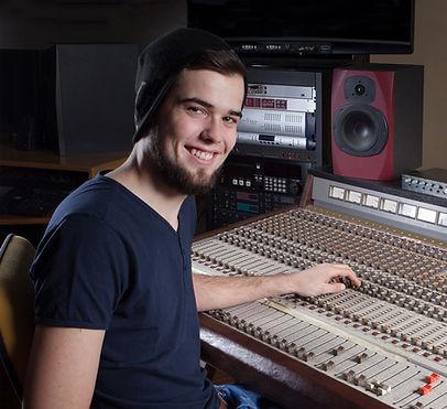 Australian Voice Over Producer Engineer Studio