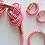 Thumbnail: Orecchini in corda nautica bianco/rosso