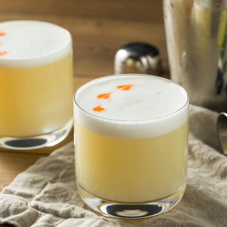 Winter Cocktail Recipe: Gin Sour