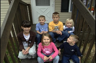 Family helped by community of volunteers
