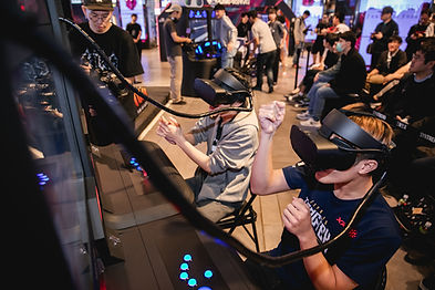 Pumpkin Studio created an all-in-one seated VR kiosk which enables player to interact with the game using joystick and buttons. The kiosk is suitable for location operators and hosting VR esports events.