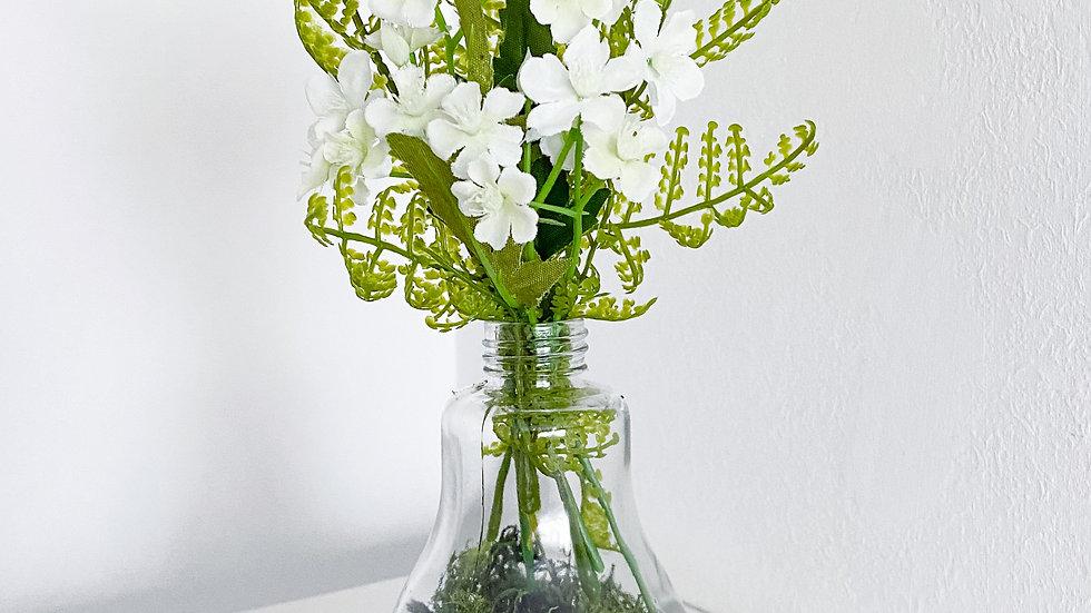 Light bulb vase arrangement