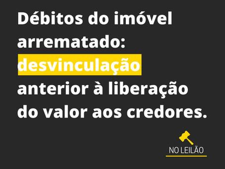"""A natureza """"propter rem"""" na arrematação judicial: IPTU e Taxas Condominiais."""