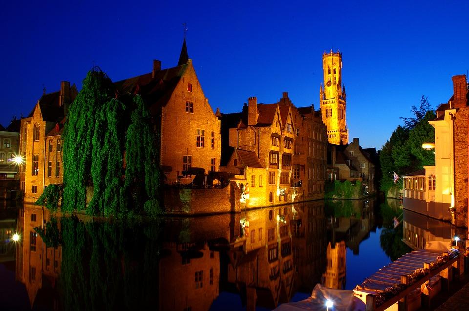 Bruges a noite