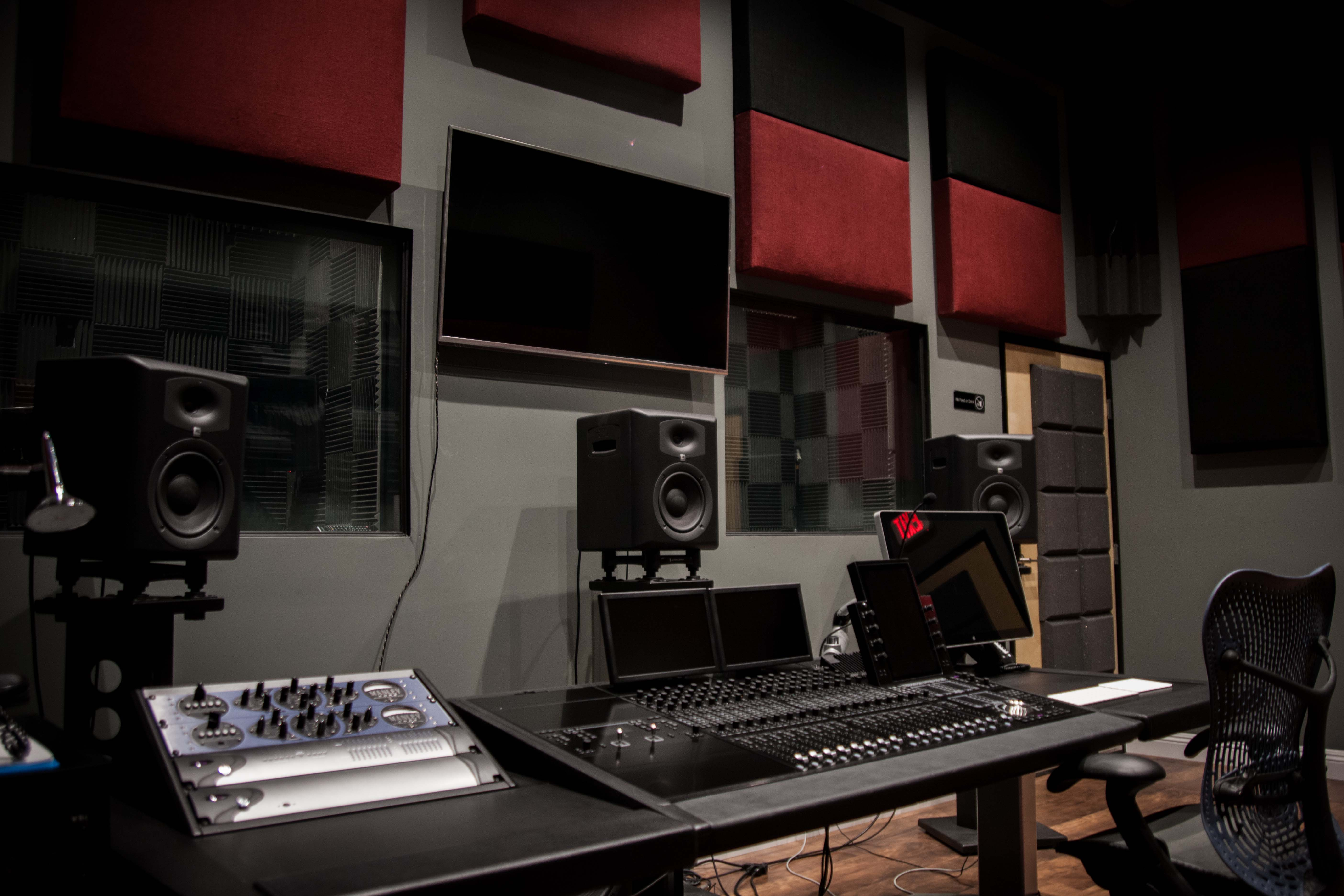 Avid S6 M40 Mixing Room