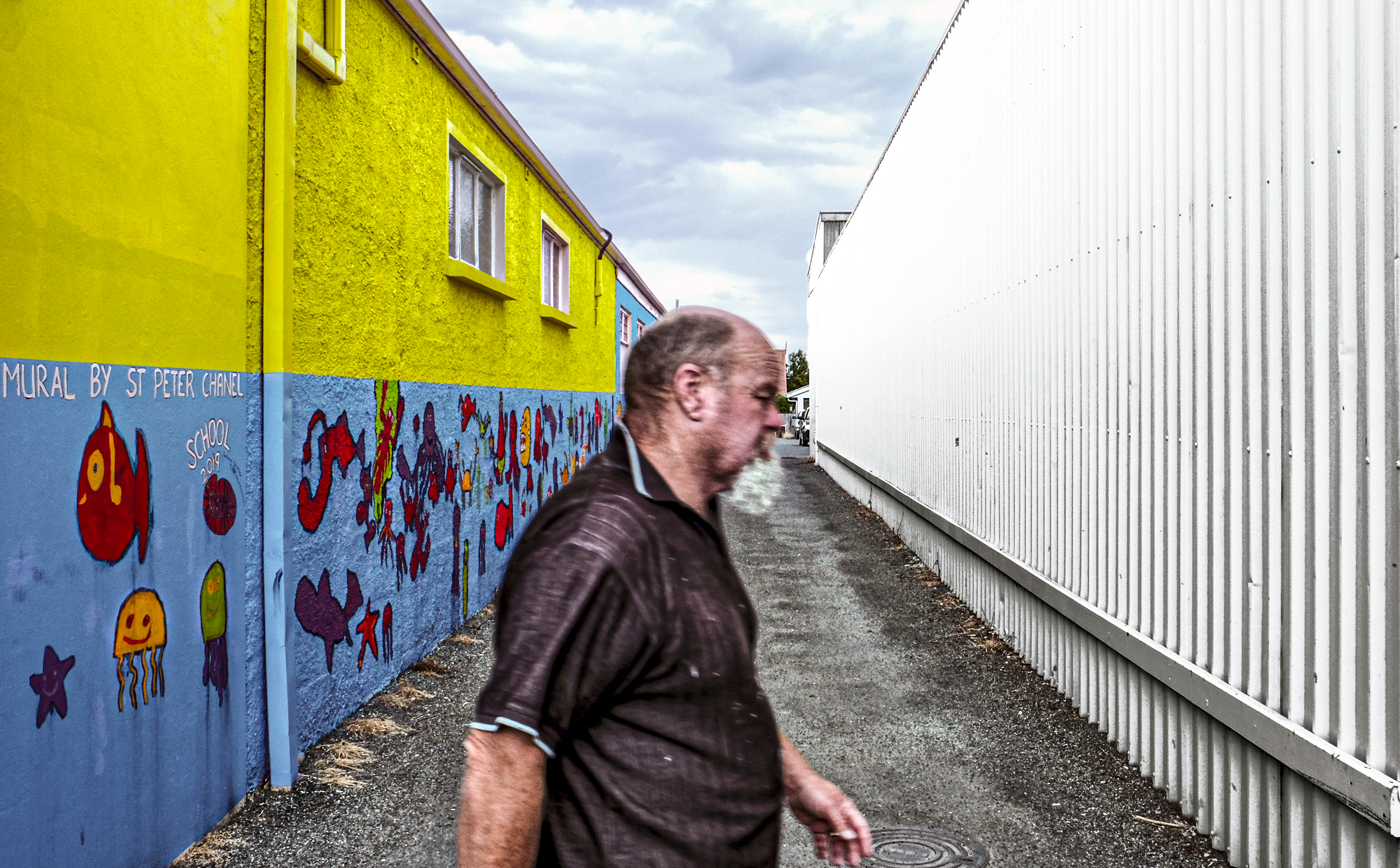 New Zealand_Mural sandwiched man_DEC 201