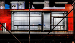 Hardbrücke_trainstations_series_waiting_