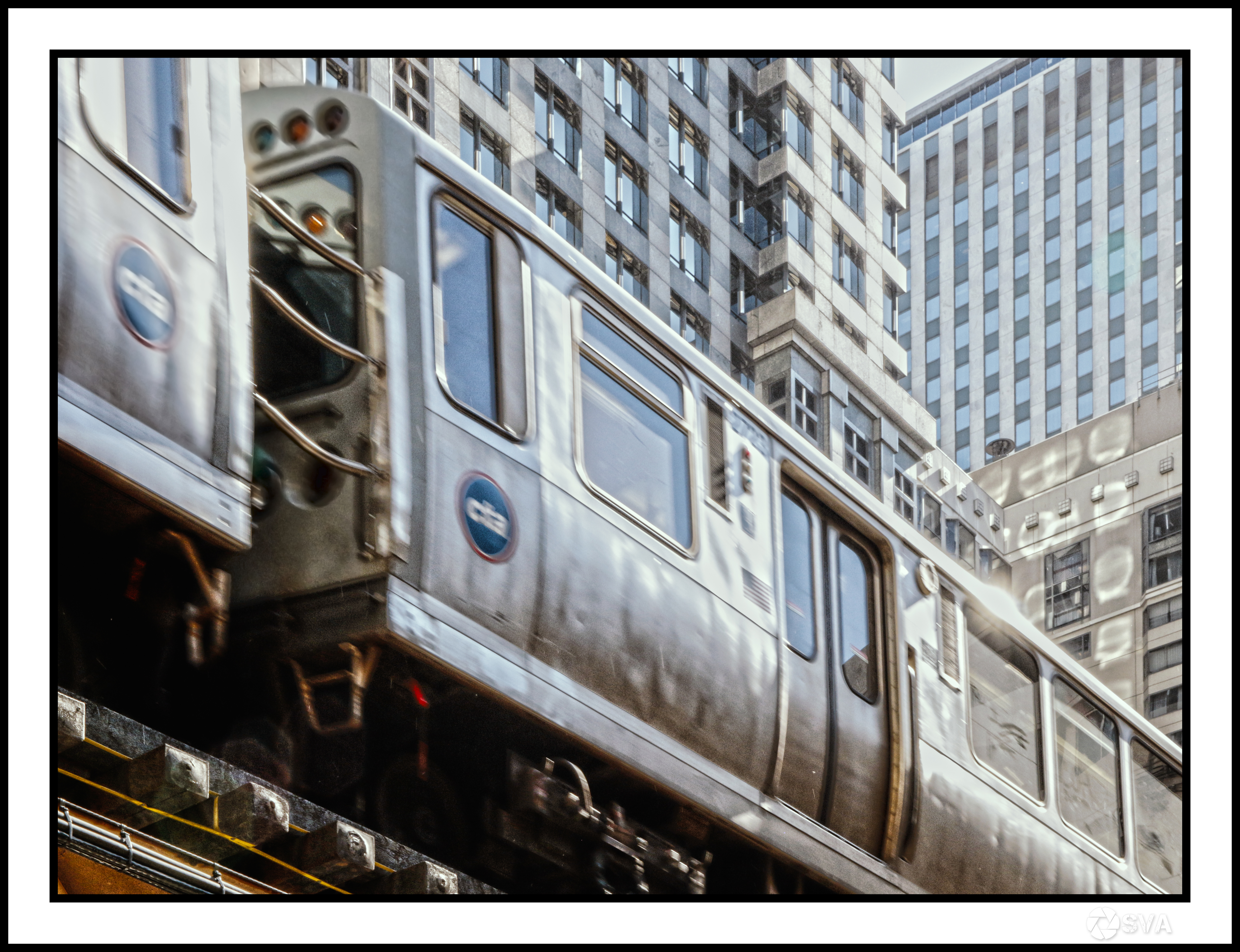 Business Trips_Chicago_Watching train pa