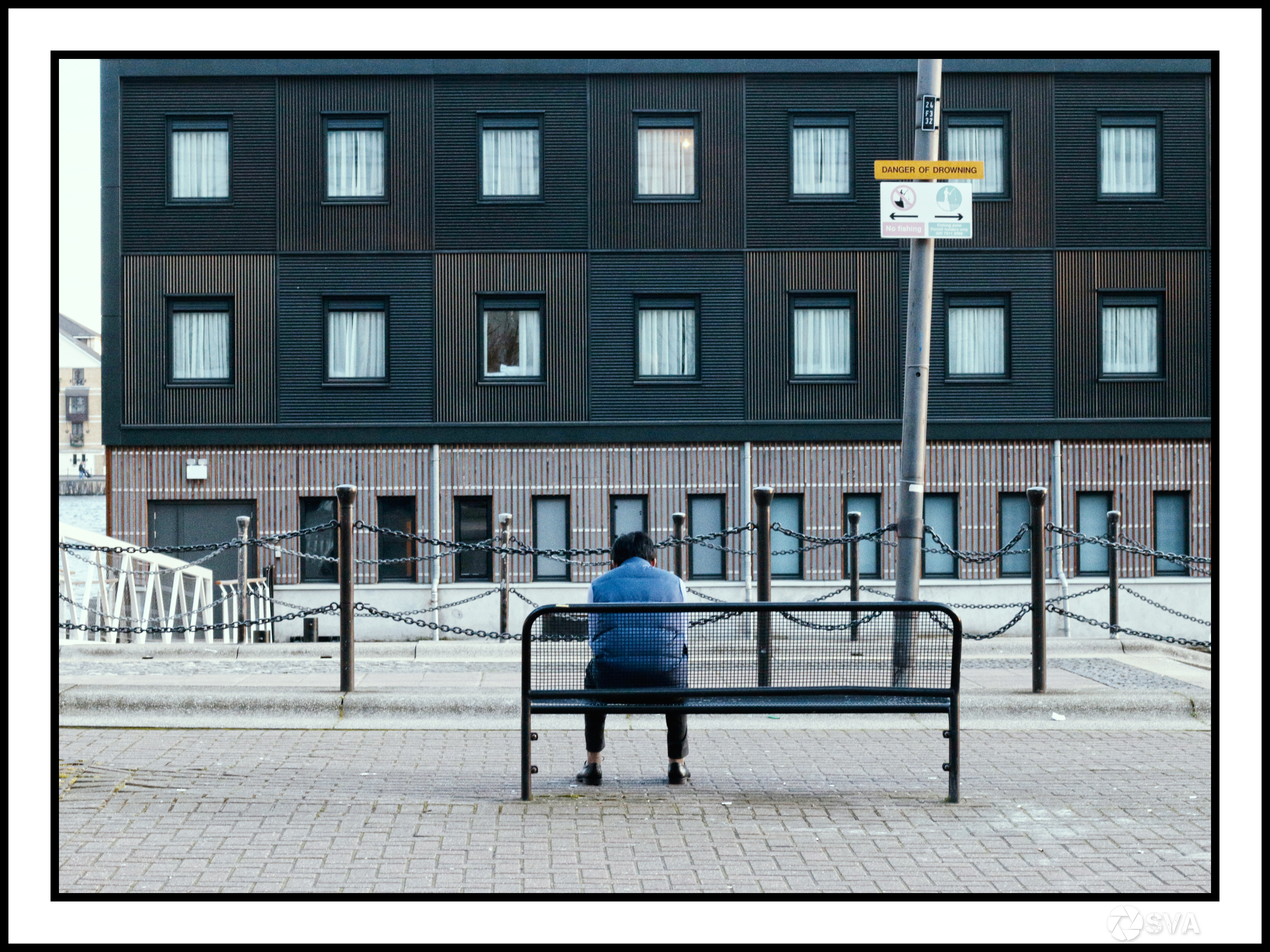 London a Business Trip_Alone thinking