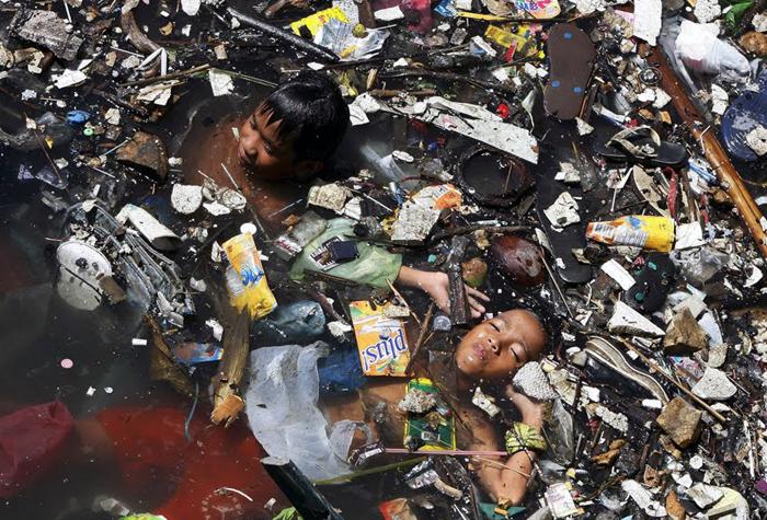 kids-swim-trash.jpg