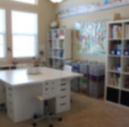 classroom-desk-organization-ideas-pinter