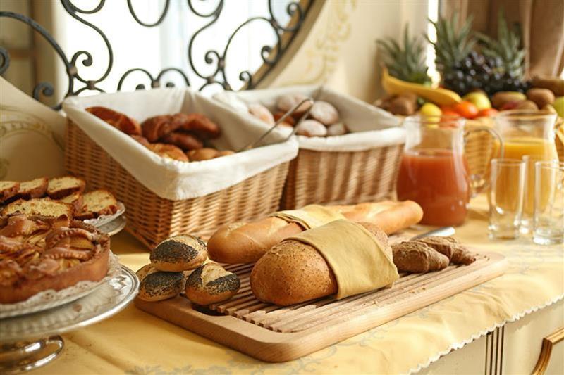 107_breakfast2_Phrot_Img