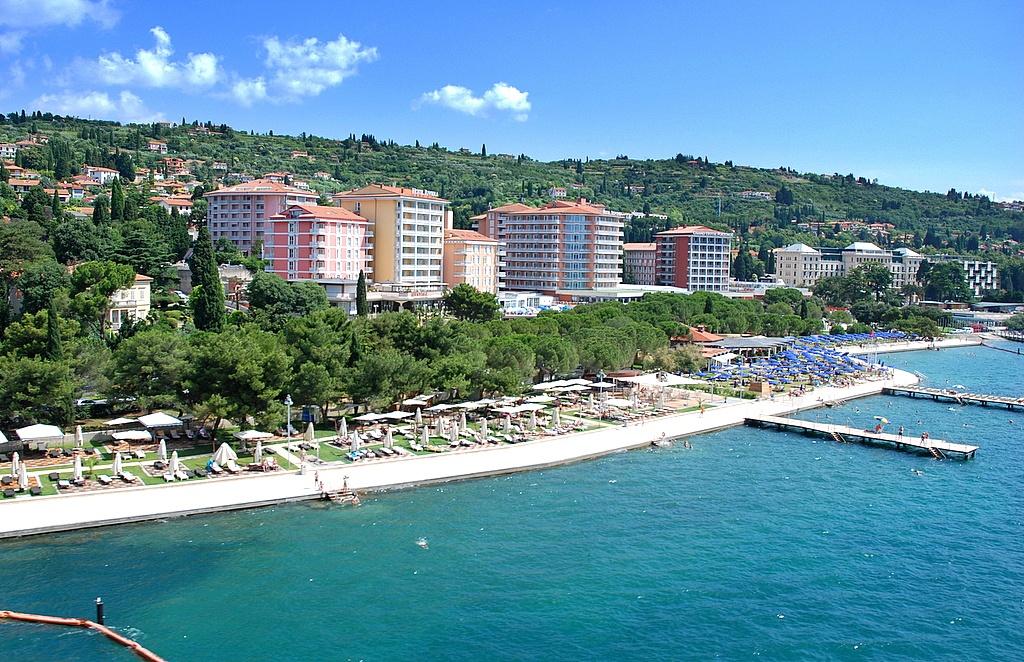 LifeClass_Hotels_Portoro¾.jpg