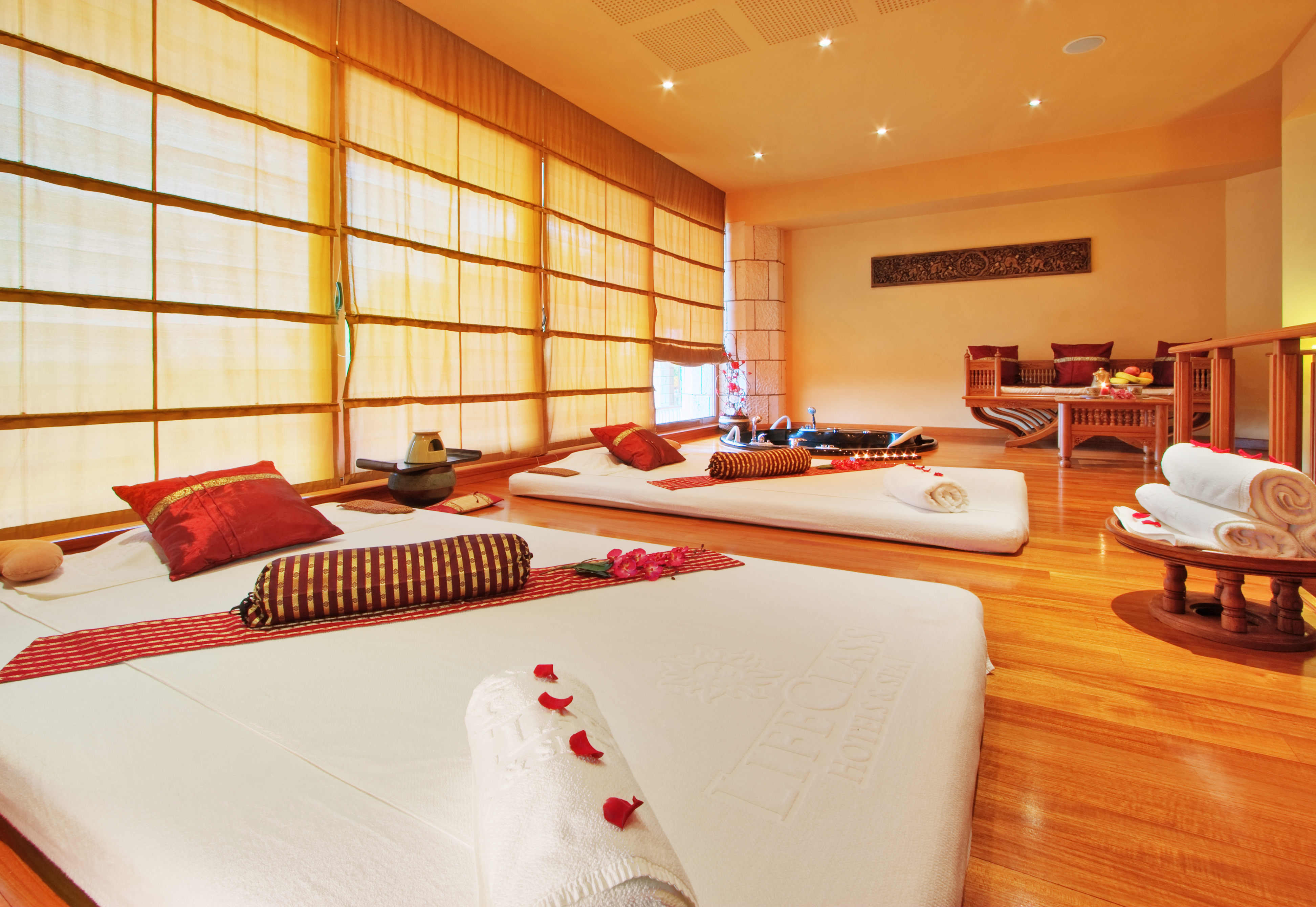 WAI THAI VIP massage room