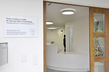 Gebäude der Praxis Dr. med. dent. Martina Eichenberger