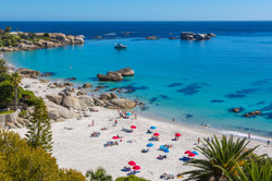 BP2-CPTZA-Shutterstock-Make-your-way-to-Clifton-in-Cape-Town-and-experience-its-stylish-neighborhood