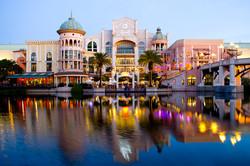 Canal-Walk-Shopping-Centre