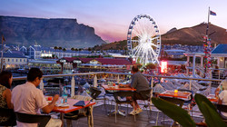 VA_waterfront_restaurant_with_table_mountain_and_cape_wheel