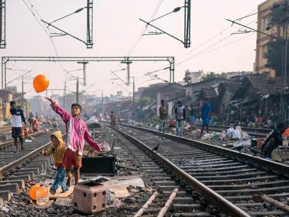 Blog #3: The Everyday Life of Hell on Earth: Kolkata's Railway Colony