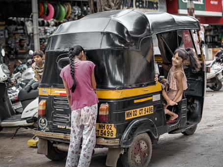 Hide and Seek in the Streets of Mumbai