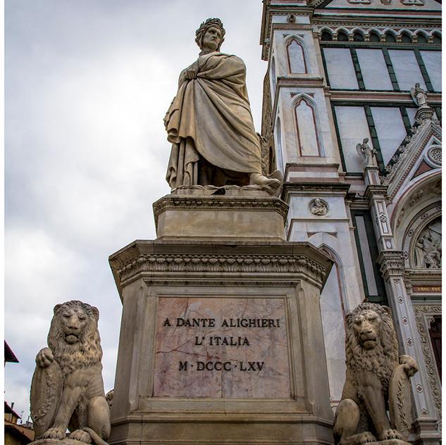 Estatua Galileo Galilei