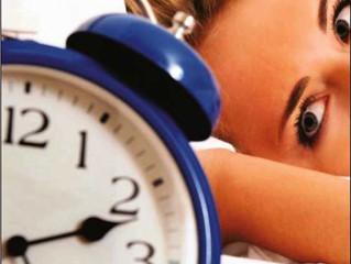 Leve a ergonomia para cama: 5 dicas para dormir bem