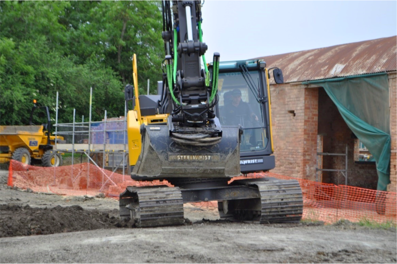ECR145EL excavator fitted with a Ste