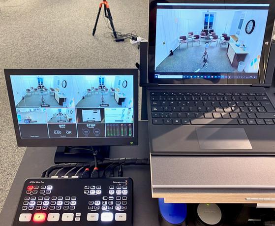 Schaltzentrale und Konferenz-PC