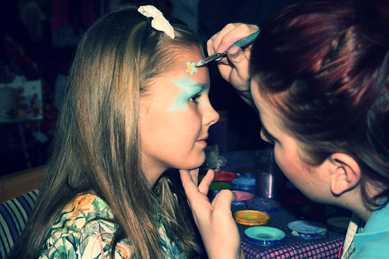 Reesey's Events Wirral Party Face Paint