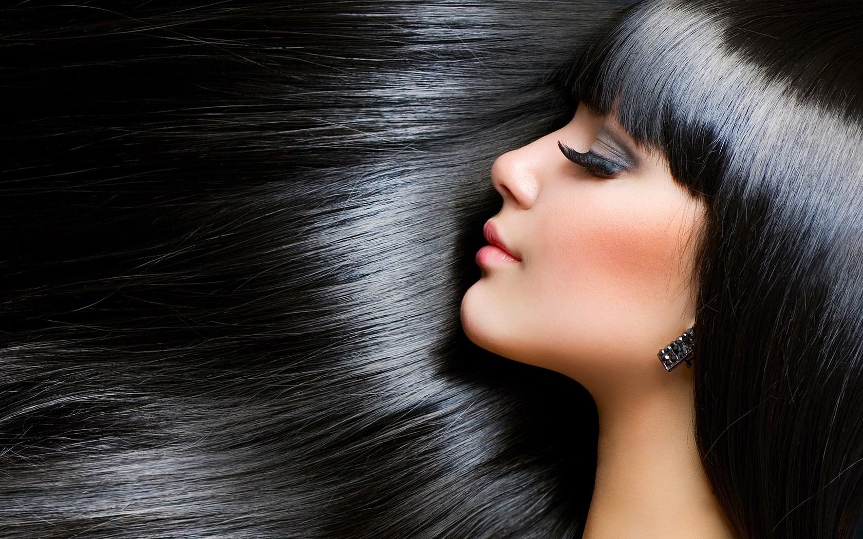 portrait-brunette-girl-beautiful-hair-wallpaper-1680x1050.jpg