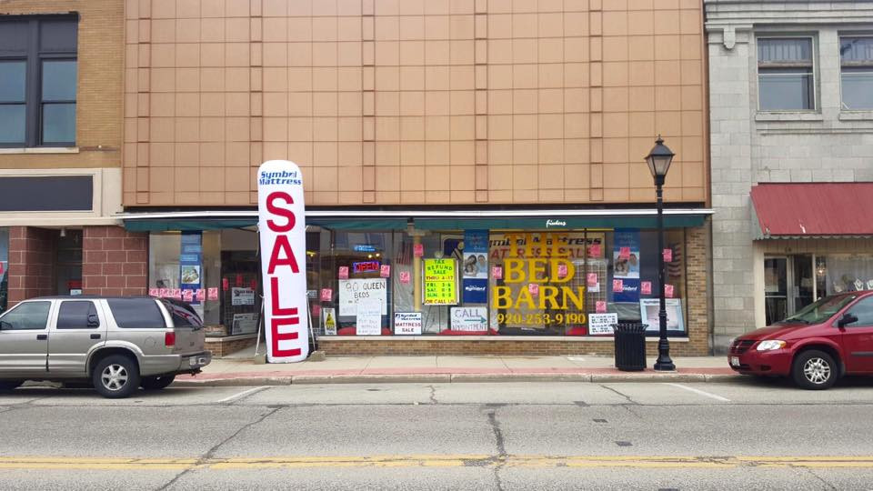 8 E. Main St, Watertown, WI
