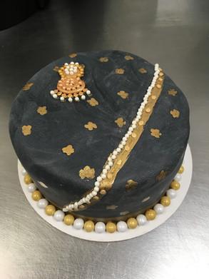 Black and gold fondant cake.