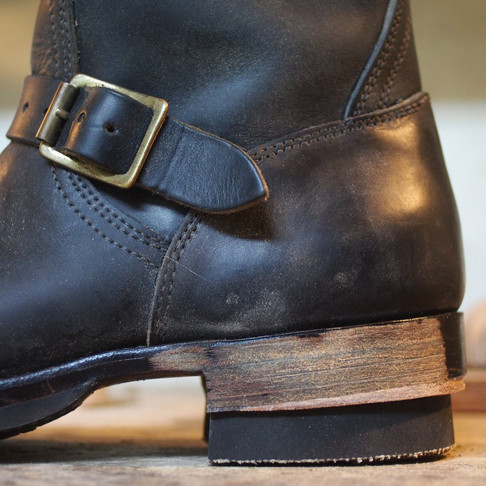 < Bench-Re-Built: Clinch Engineer Boots>