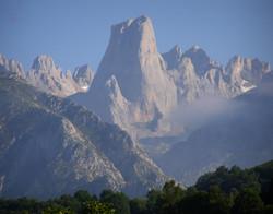 Urriellu, Picos De Europe Climbing