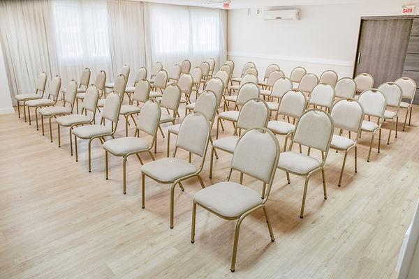 Sala Imperatriz, capacidade 120 pessoas,