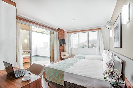 suite superior com varanda, Iate Hotel F