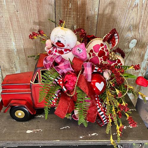 cupid truck, valentines centerpiece, cupid decor, valentine decor152.00