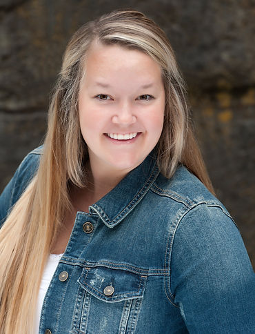 Carla Knopp, Oregon Licensed Real Estate Broker Realtor