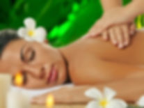 MassageFrauenhände_bearbeitet_bearbeitet